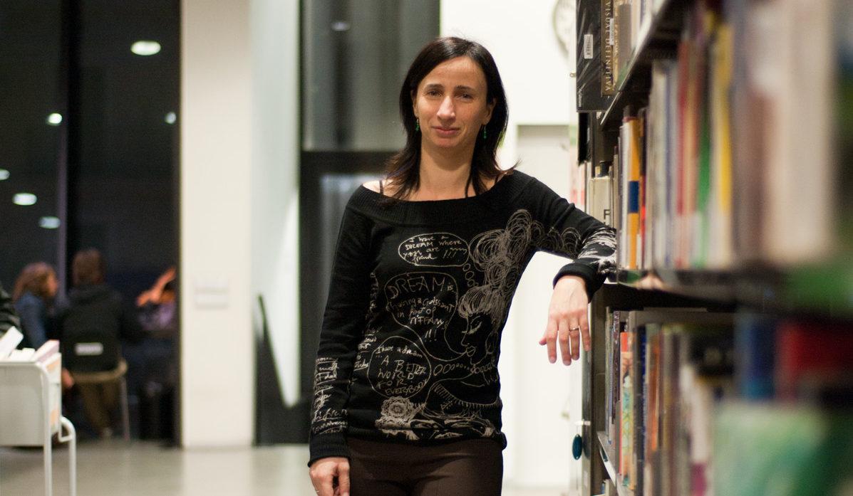 Carme Fenoll, bibliotecària